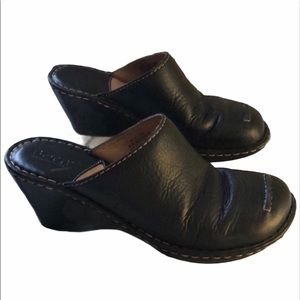 Born handcrafted leather mules clogs wedg Size 8